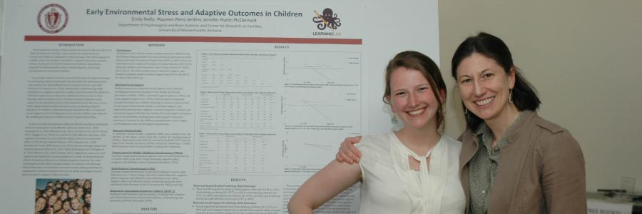 Honors student and mentor present research at a conference.
