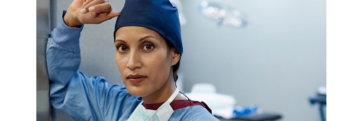 female doctor in surgery room